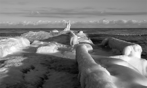 frozen webster park jetty - 600