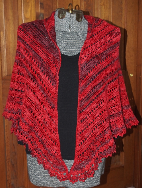 crochet shawl - front view on manequin