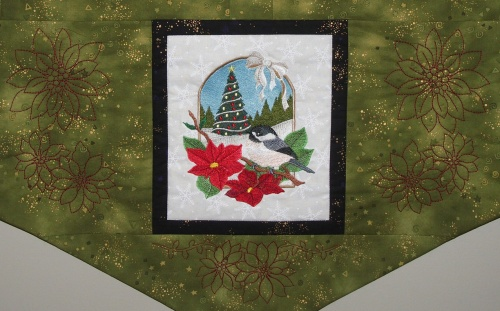 Poinsettia Quilting Around Chickadee Block (click image for full detail)