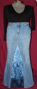 Jeans skirt - blue gradient - front view - LR