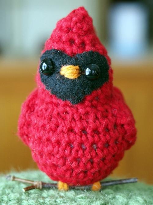 crochet cardinal - front view