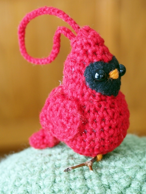 crochet cardinal - side view