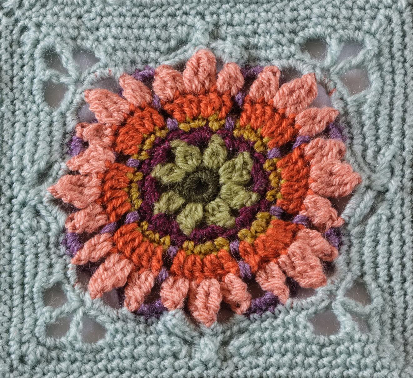 6093 - Fruit Garden Afghan - Dianthus Block - lr