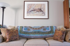 The Entomology colorway goes well with the painting above the couch